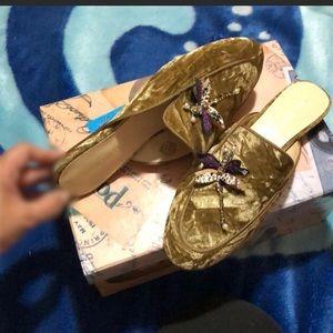 Nine West Velvet slip-0n shoes